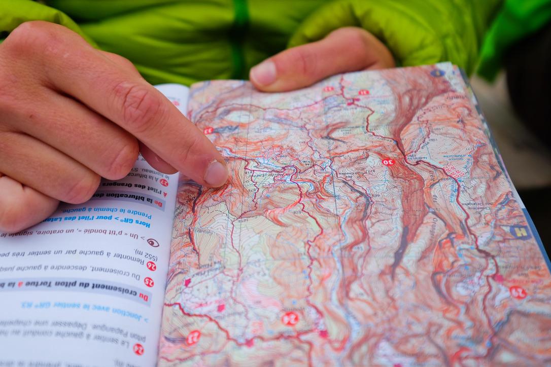gros plan sur une carte d'un territoire avec une forte déclivité