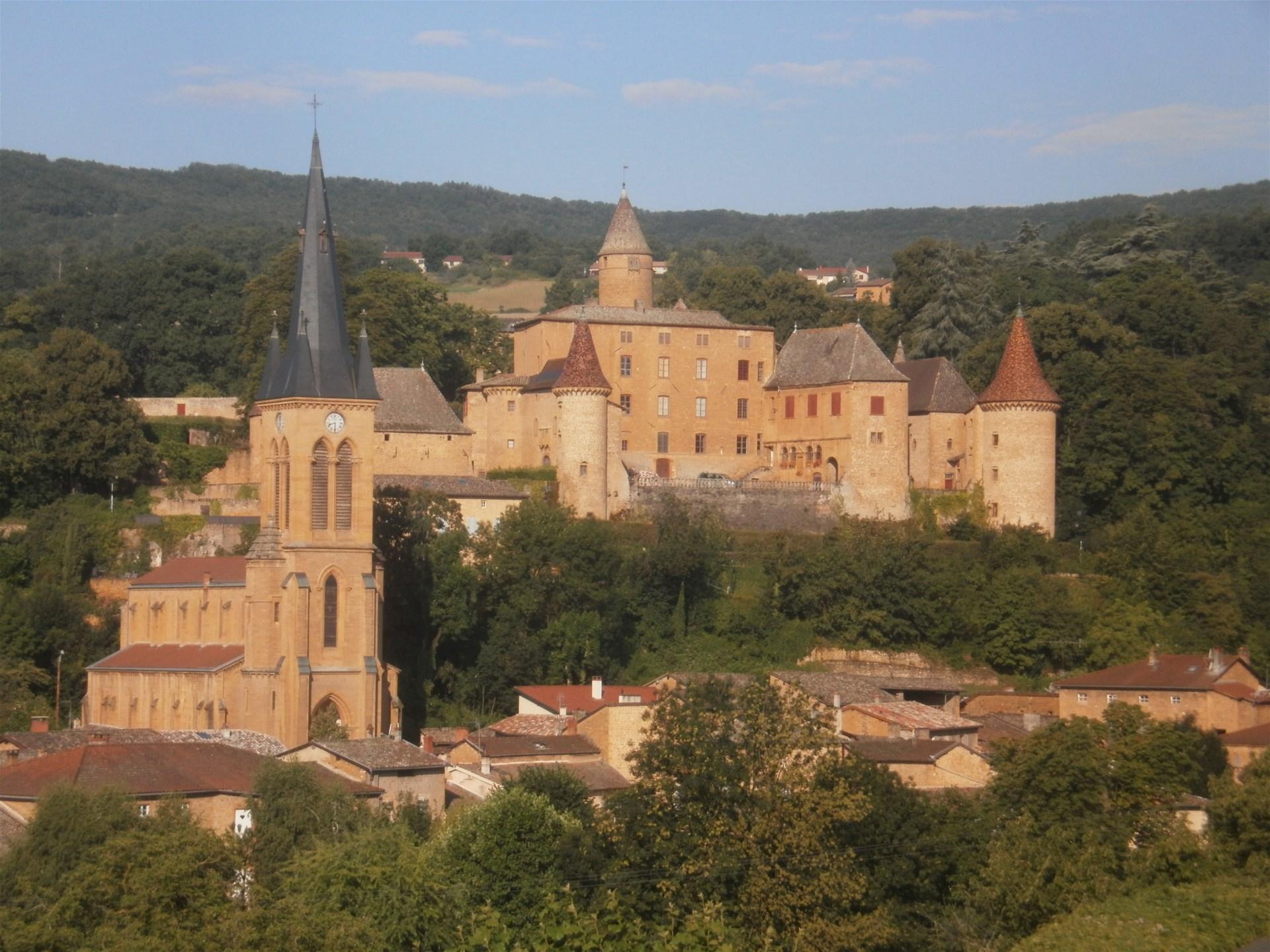 ffrandonnee rhone tour des pierres dorees en beaujolais photo jarnioux