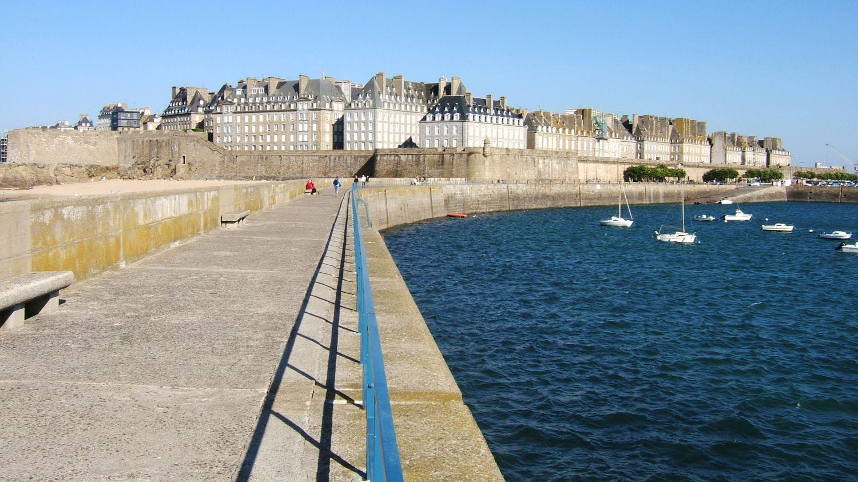 FFRandonnée - Bretagne - Destinations Touristiques - randonnée - Saint Malo - Mont Saint Michel